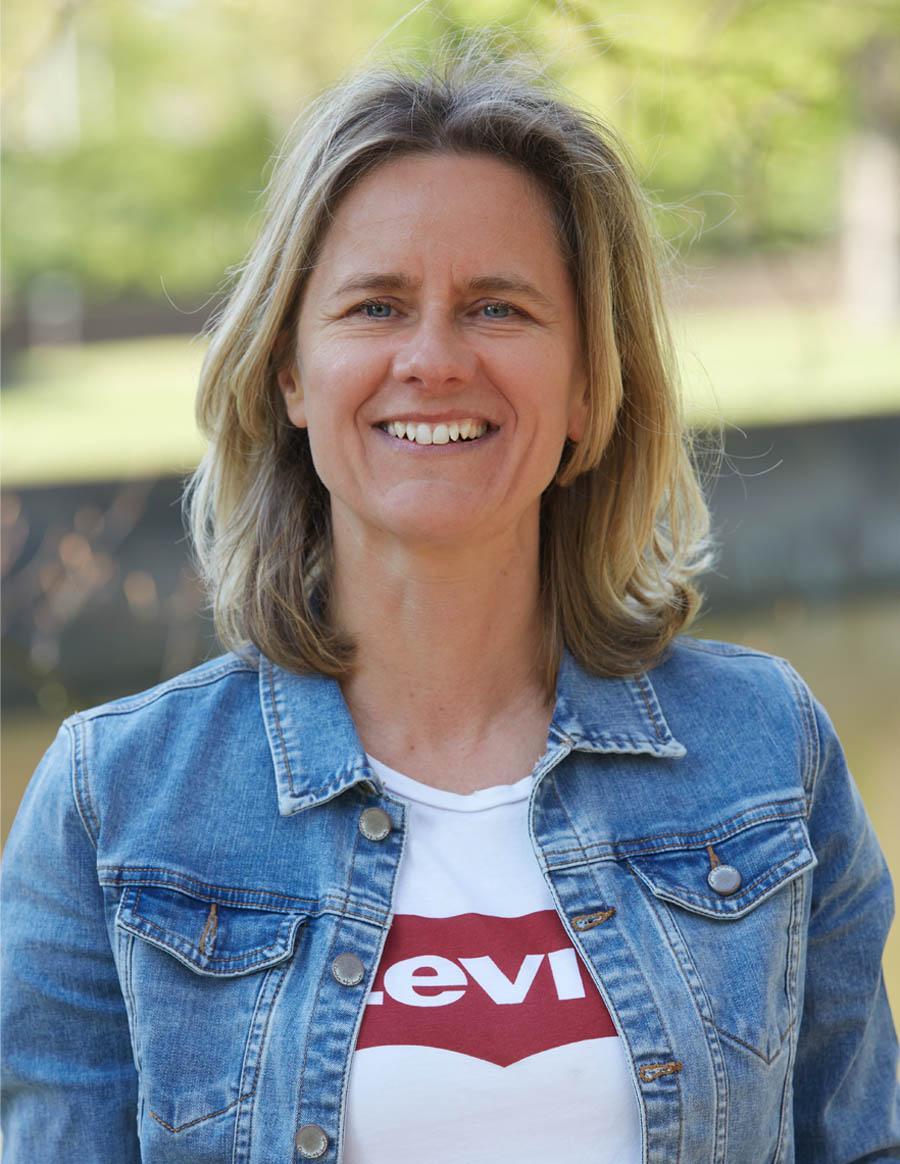 Danielle van der Linden